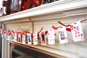 card-garland-mantel-800